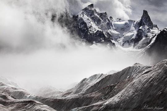 An Ocean of Ice in Fury